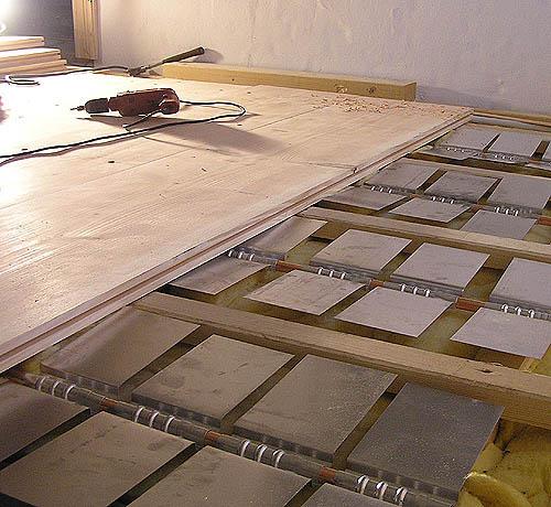 Bekannt Holzdielen und Fußbodenheizung, Fußbodenheizung und Holzdielen DD38